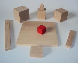 Cube et bloc en bois
