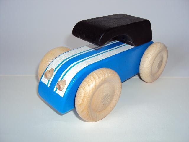 voiture-en-bois