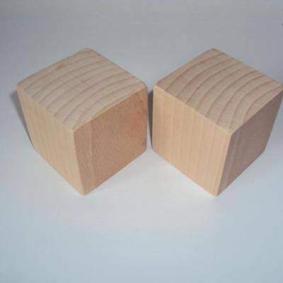 Cube en bois 8 cm