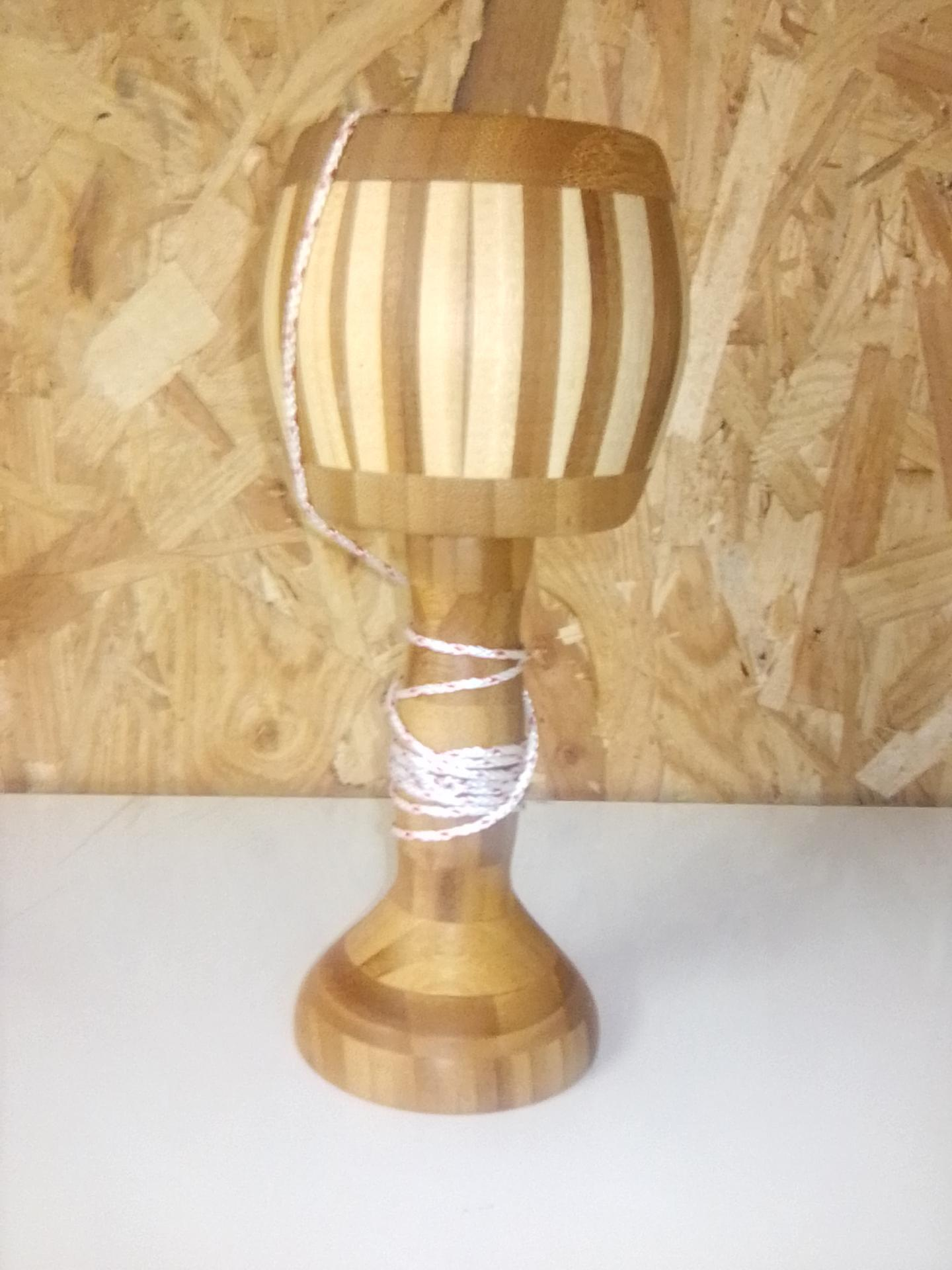 Bilboquet en bambou collés